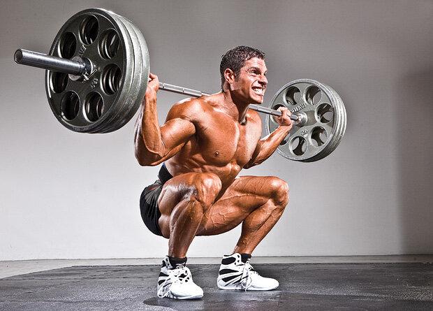 Testosteron ve büyüme hormonunun en büyük kaynağı squat'tır.