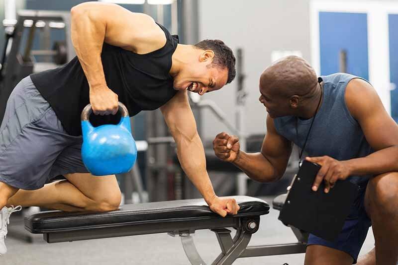 Size uygun hareketleri en doğru şekilde tecrübeli bir antrenör gösterebilir.