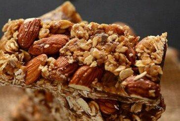 Ramazana Özel Hurmalı Granola Bar Tarifi